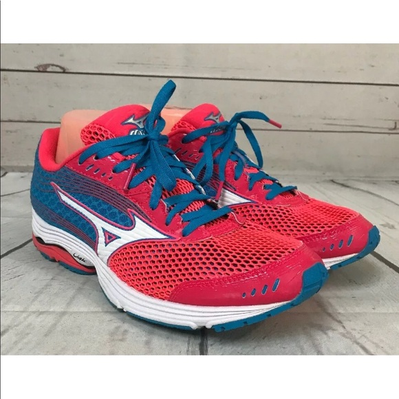 mens mizuno running shoes size 9.5 in usa canada shipping